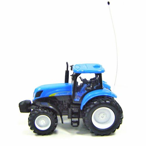 Tractor RC Newholland T7070 Escala 1:24