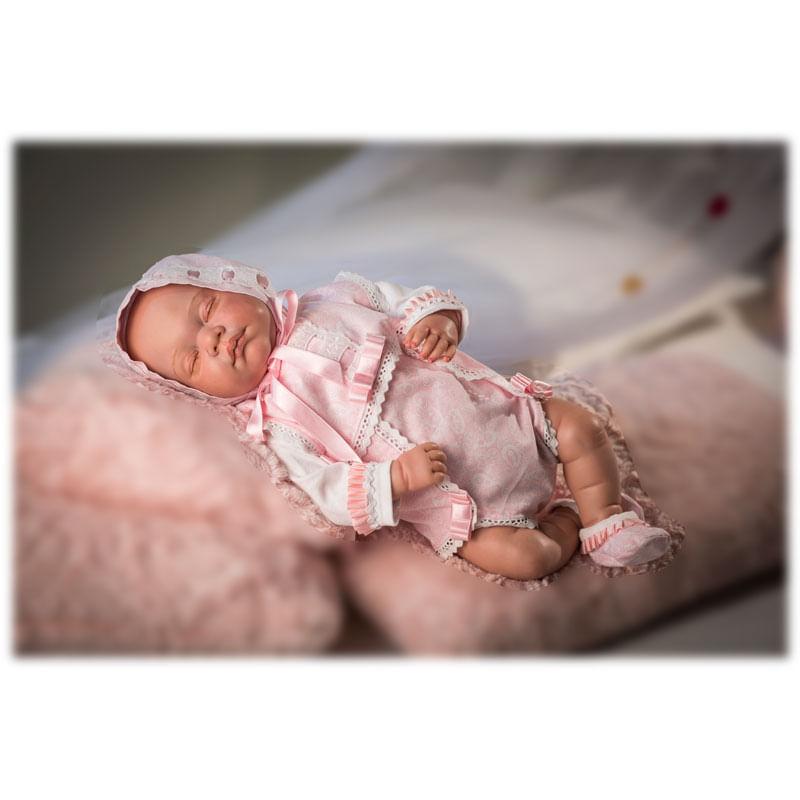 Reborn-Bebe-Leo-Dormido-con-Traje-Rosa