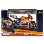 Moto-Miniatura-Honda-RC213V-14-Repsol-Marquez-Escala-1-18_2