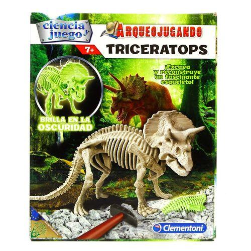 Arqueo Jugando Triceratops