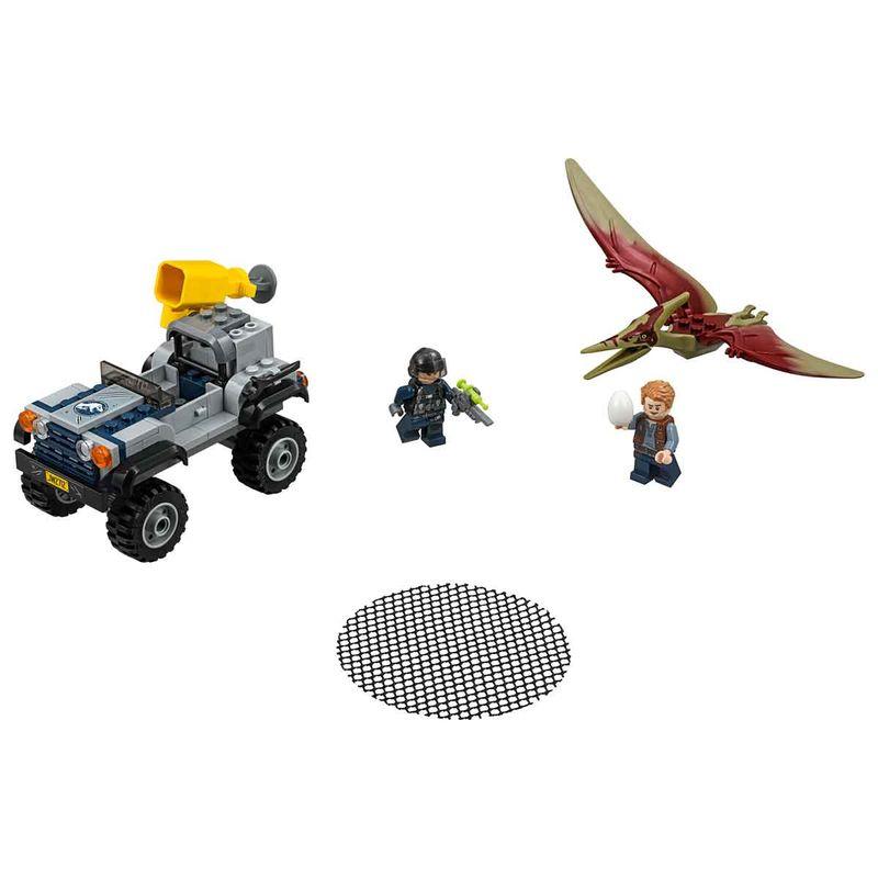 Lego-Jurassic-World-la-Caza-del-Pteranodon_1
