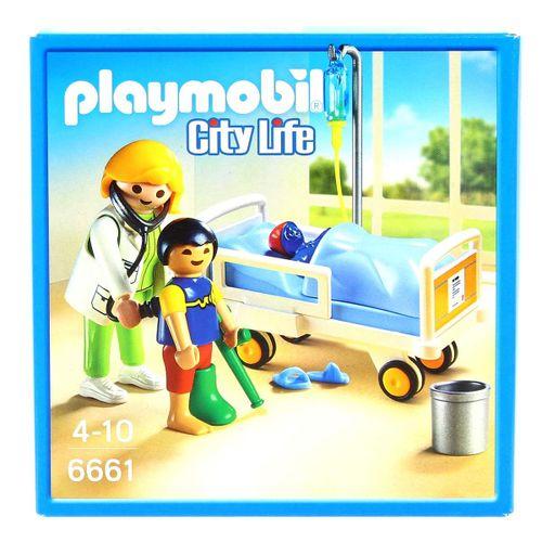 Playmobil City Life Doctor con Niño