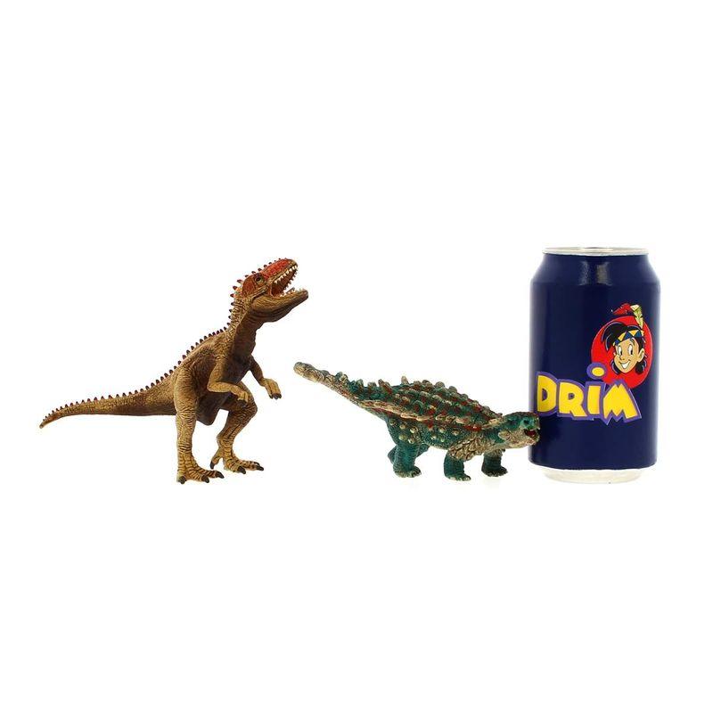 Figura-de-Saichania-y-Giganotosaurus_4