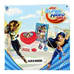 Super-hero-Girls-Salon-de-Belleza-Manicura_3