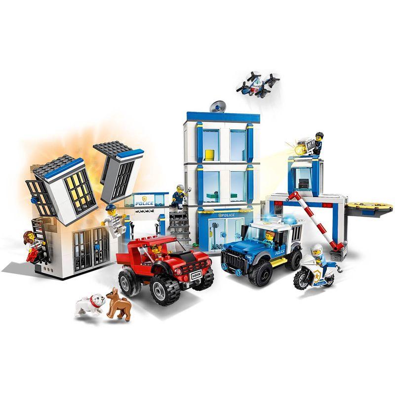 Lego-City-Comisaria-de-Policia_1
