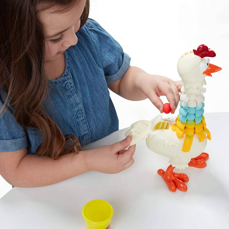 Play-Doh-Animal-Crew-Gallina-Plumas-Divertidas_6