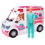 Barbie-y-Ken-con-Ambulancia