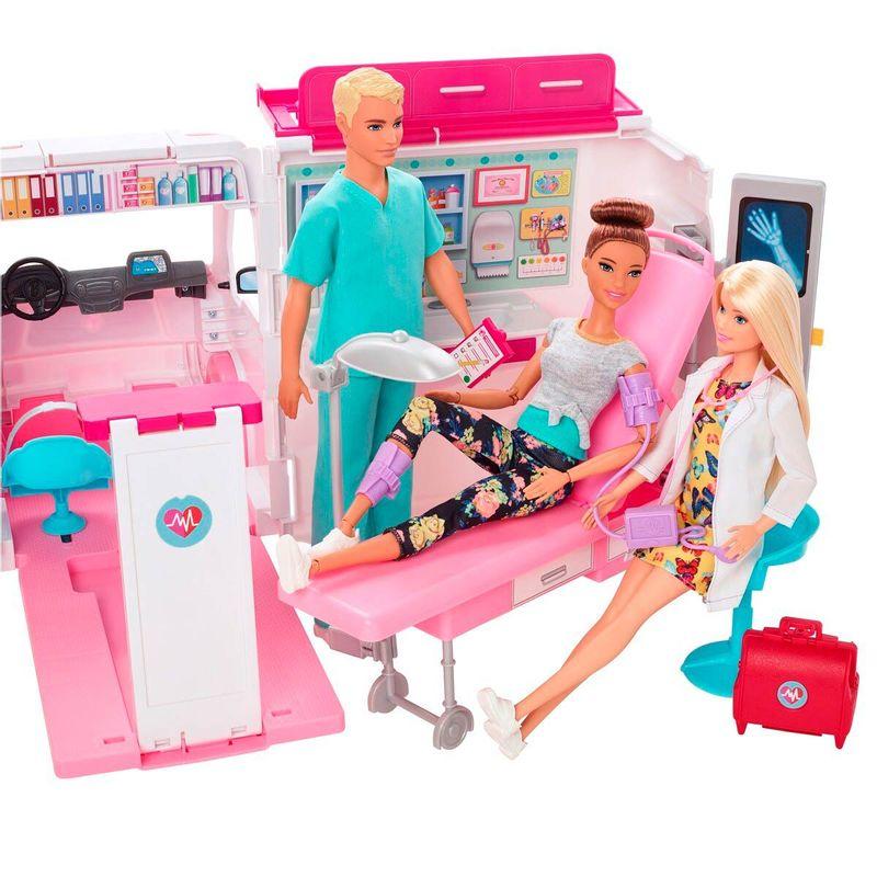 Barbie-y-Ken-con-Ambulancia_1