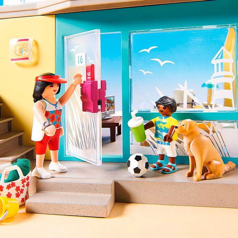 Playmobil-Family-Fun-PLAYMO-Beach-Hotel_2
