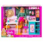 Barbie-y-su-Heladeria-con-Muñeca_5