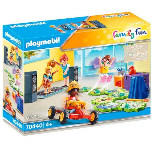 Playmobil Family Fun Kids Club