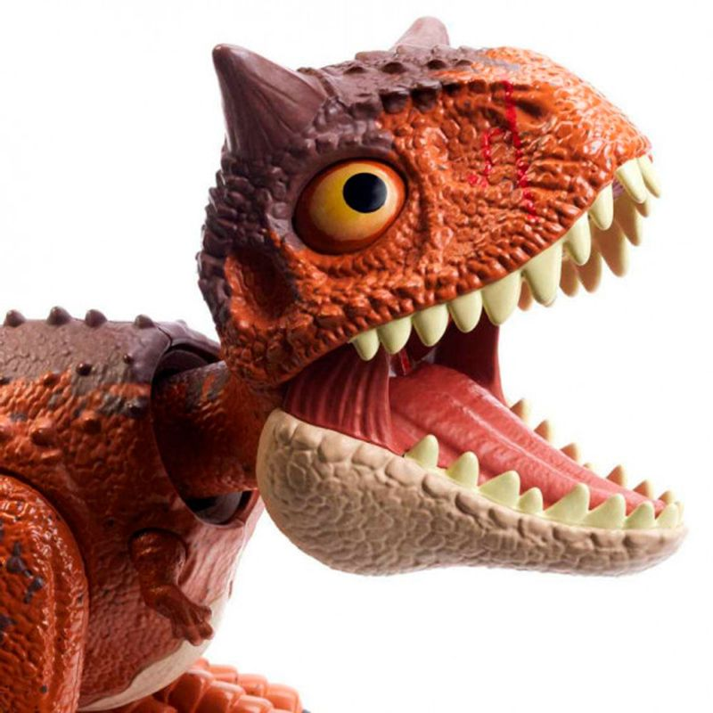 Jurassic-World-Bebe-Carnotaurus-Mordedor_1