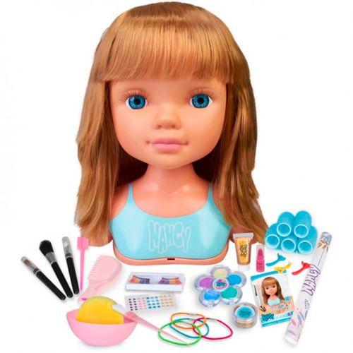 Nancy un Día de Secretos de Belleza Flequillo